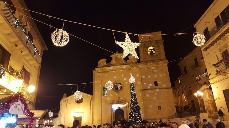 Casa Di Babbo Natale Candela.Il Miracolo Natalizio Di Candela
